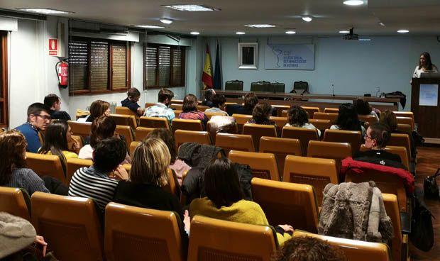 AMA forma a los farmacéuticos asturianos en RCP