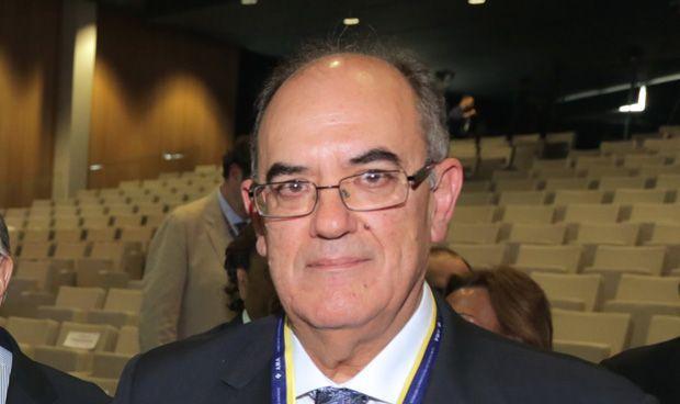 AMA imparte formación en responsabilidad civil a higienistas de Cantabria