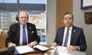 AMA suscribe una póliza colectiva de vida con los dentistas de Murcia