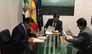 Amancio Ortega dona 13 millones de euros a la oncología extremeña