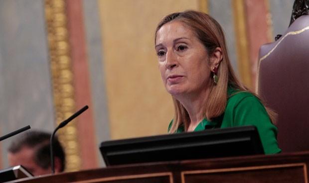 Ana Pastor: tres 'generaciones' de liderazgo ligado a la sanidad en el PP