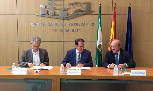 Andalucía armoniza su sanidad pública y privada mediante un convenio