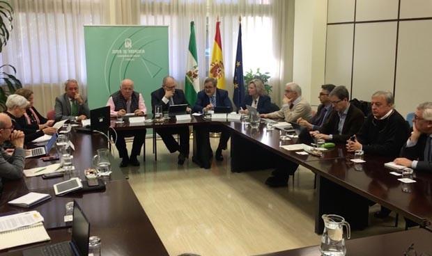 Andalucía designa dos hospitales de referencia para pruebas de coronavirus