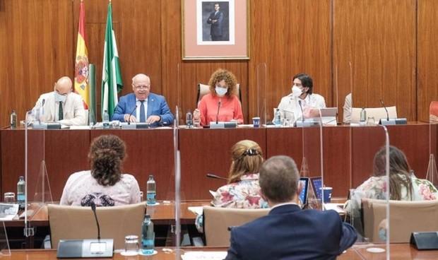 Andalucía hace 25.000 operaciones más que en el primer semestre de 2020