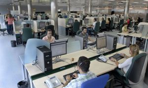 Andalucía implanta una línea gratuita para el servicio Salud Responde