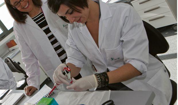 Andalucía lidera un estudio de enfermedades autoinmunes con 2.500 pacientes