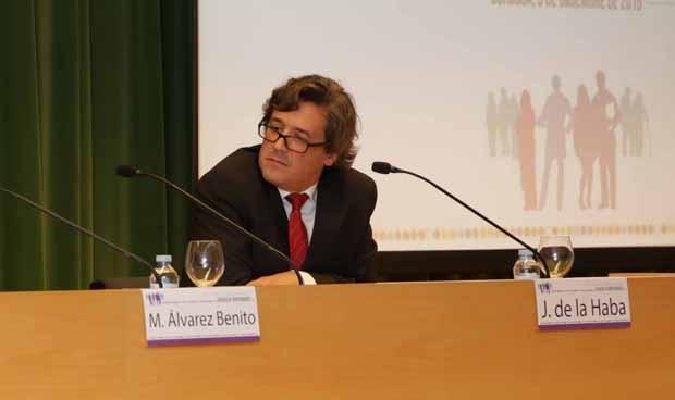Andalucía necesita 10 oncólogos para redondear un servicio muy eficiente