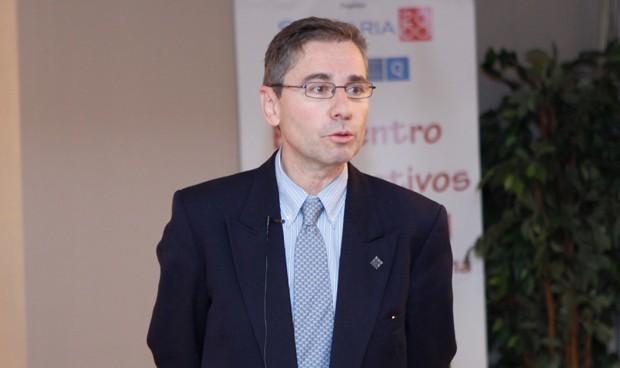 Andalucía no contratará médicos y enfermeros eventuales o interinos en 2019