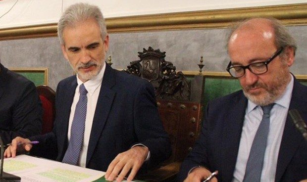 Andalucía publica el 1 de agosto los 42.925 opositores sanitarios aprobados