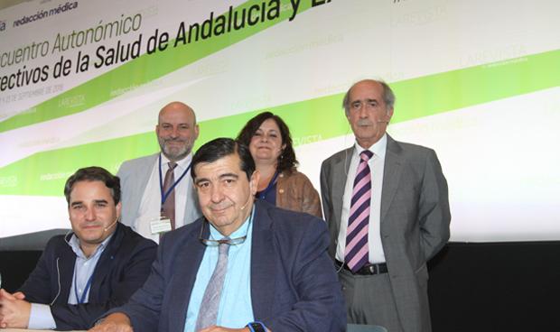 Andalucía y Extremadura trazan un plan ante la masiva jubilación en sanidad