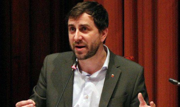 Antoni Comín, compuesto y sin cita