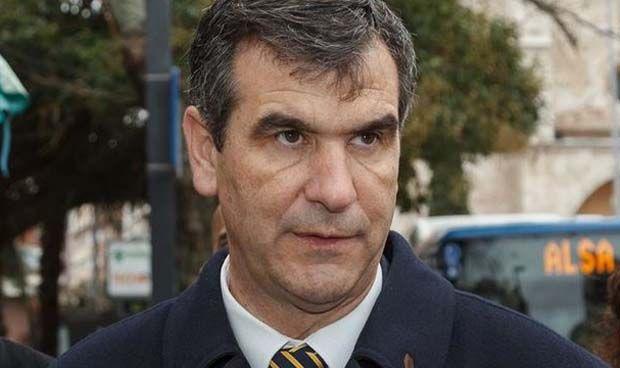 Casado nombra a Antonio Román secretario de Sanidad del PP