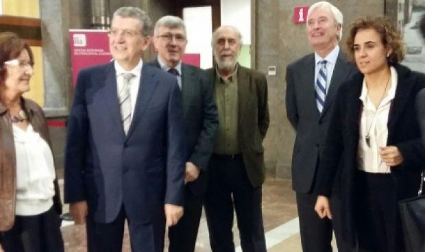La OPE sanitaria, tema central de la reunión entre Aragón y el Gobierno