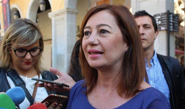 Armengol lamenta que el Gobierno vaya en contra de la sanidad balear