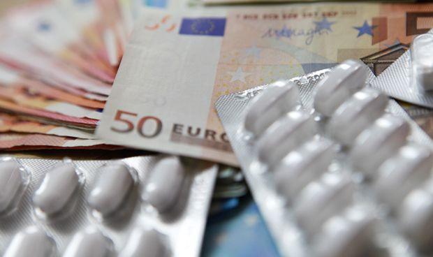 Arranca 2018 con caídas de precios de medicamentos y material terapéutico