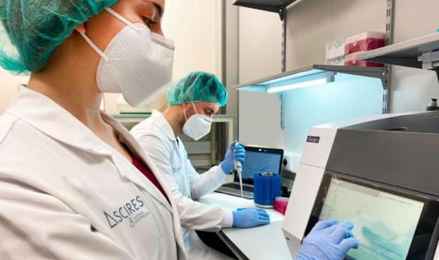 Ascires lanza una PCR que identifica cinco posibles variantes del Covid