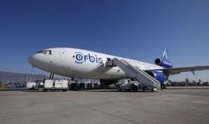 Así es el 'Flying Eye', el avión-hospital que recorre el mundo