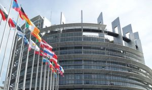 Así es la megaoferta de empleo para sanitarios que Europa saca este verano