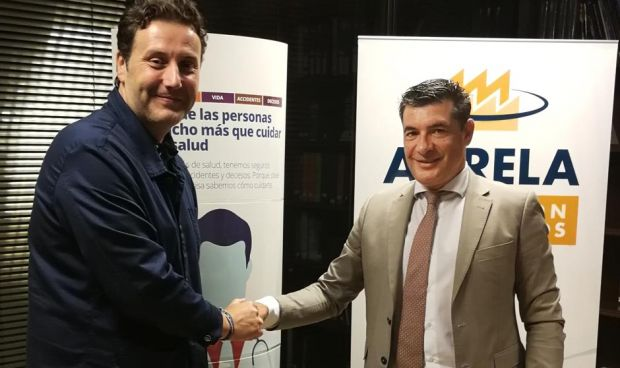 Asisa firma un convenio con los empresarios de Agrela