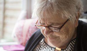 Asocian el alzhéimer con el fallo en el sistema de 'limpieza' del cerebro
