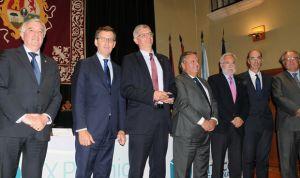 Asomega premia a Bartolomé Burguera por su contribución a la Endocrinología