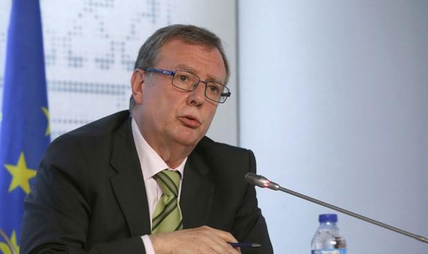 Asturias contrata a todos los médicos disponibles por la epidemia de gripe