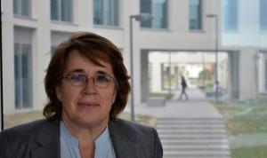 Aurora Valenzuela, primera decana de la facultad de Medicina de Granada