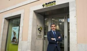 AXA pacta la compraventa del 98% de Igualatorio Cantabria