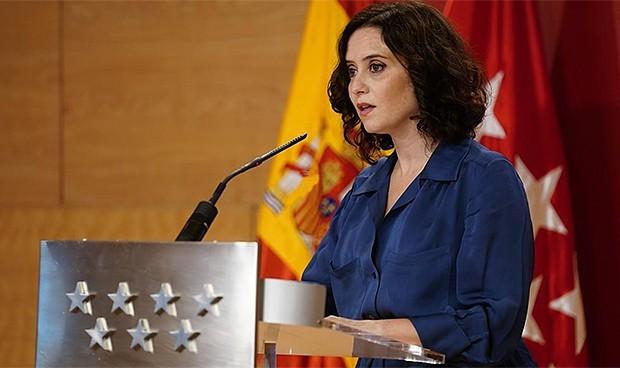 Ayuso pone en marcha una estrategia de cuidados post-Covid en el Sermas