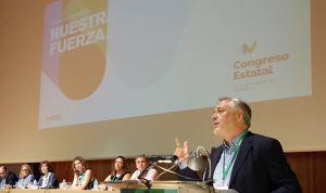 Aznar reclama en su adiós un nuevo modelo con Enfermería de protagonista
