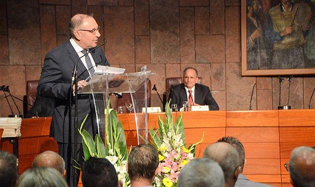 Baltar preside el homenaje a los sanitarios jubilados en La Gomera