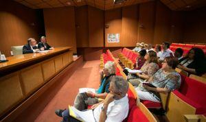 Baltar visita Fuerteventura entre críticas de pacientes y sanitarios