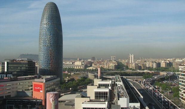 Barcelona se juega 5.000 empleos y 165 millones por la huida de Comín