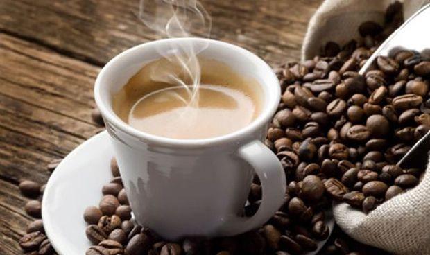 Beber hasta 25 tazas de café al día no es perjudicial para el corazón