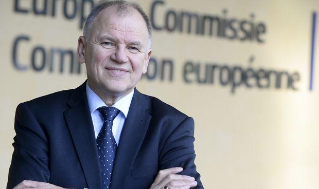Bruselas plantea una evaluación clínica única para las innovaciones médicas