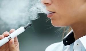 Cambiar tabaco por 'vapeo' no reduce el riesgo de sufrir un ictus