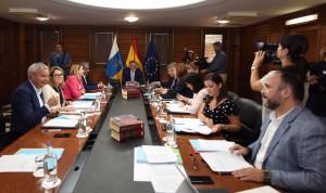 Canarias destina 30 millones para garantizar las nóminas en sanidad