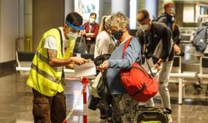 Canarias rectifica y seguirá pidiendo un test Covid a viajeros nacionales