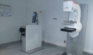 Canarias instala un nuevo mamógrafo en el centro Doctor Molina Orosa