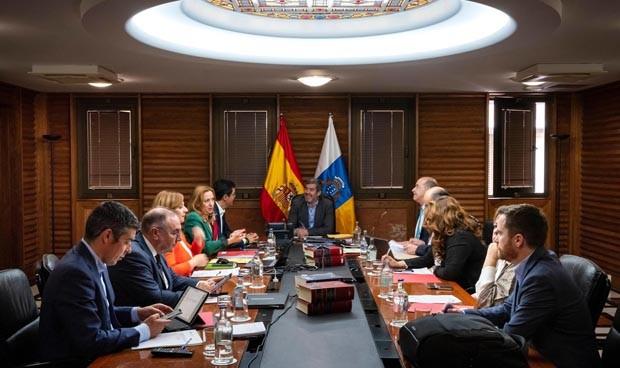 Canarias invierte 2 millones más en reforzar AP y reducir listas de espera