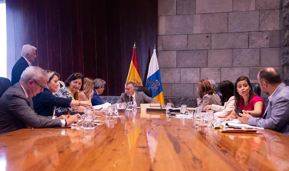 Canarias última la ley que dará cobertura a sus medidas antiCovid