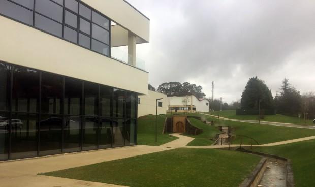 """Cantabria Labs estrena su nueva planta """"emprendedora e innovadora"""""""