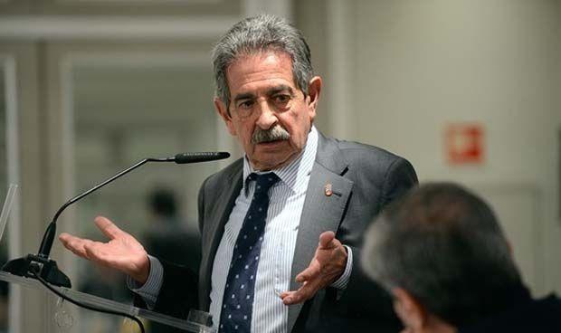 Cantabria tendrá un modelo integral que coordine la atención sociosanitaria