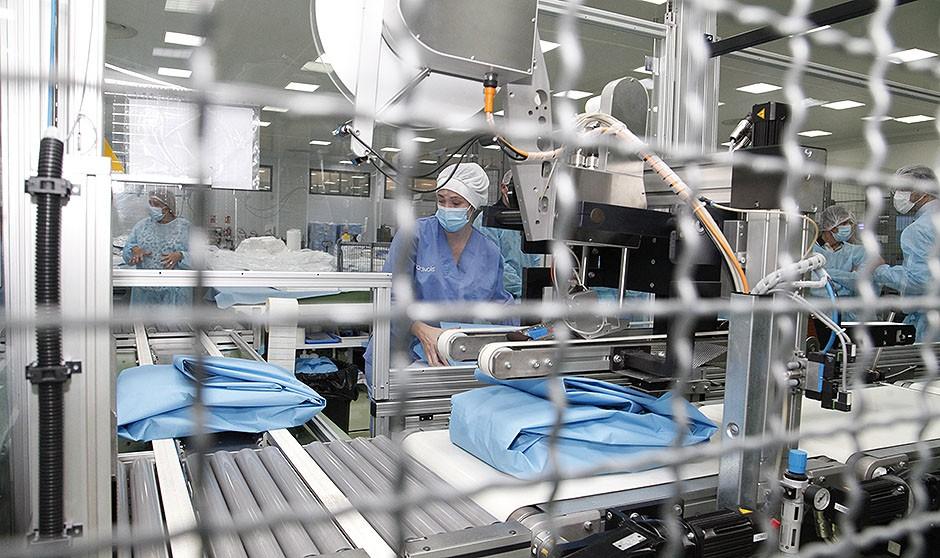 """Cardivais, la fábrica """"marca España"""" que brindó """"seguridad"""" ante el Covid"""