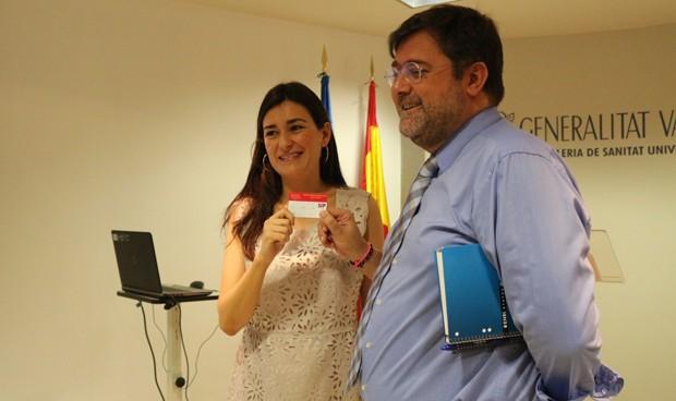 Comunidad Valenciana presenta una tarjeta sanitaria válida en toda España
