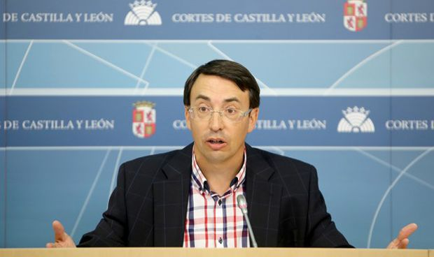 Castilla y Le�n aprueba la inclusi�n de pacientes en los Consejos de Salud