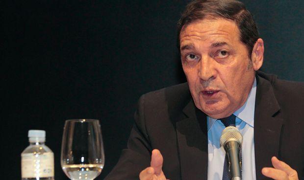 Castilla y León recurrirá a médicos extranjeros en casos excepcionales