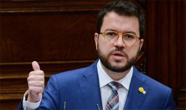 Coalición en Cataluña: Salut cambia de manos y estará gestionada por Junts