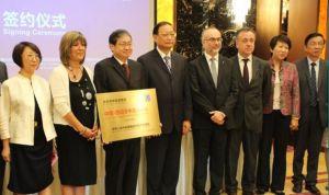 Cataluña y Pekín firman la creación del Centro Europeo de Medicina China