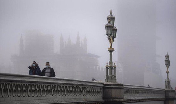 Cepa Covid Londres: la gravedad no aumenta, pero se transmite un 70% más